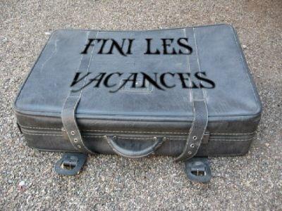 http://catzonline.unblog.fr/files/2008/09/valise.jpg